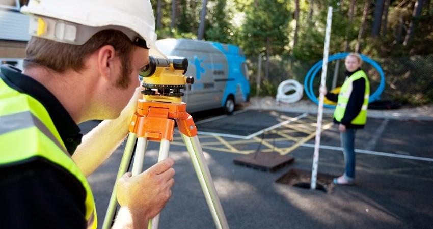 Maintain Drains plumbers testing camera and undertaking CCTV drainage survey