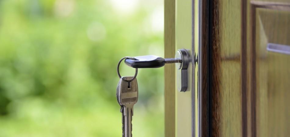 keys in home front door